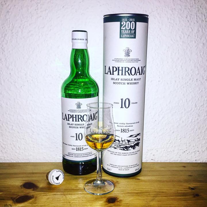 BarleyMania - Laphroaig 10 (Single Malt Scotch Whisky Review Tasting Notes Isle of Islay Heavily Peated)
