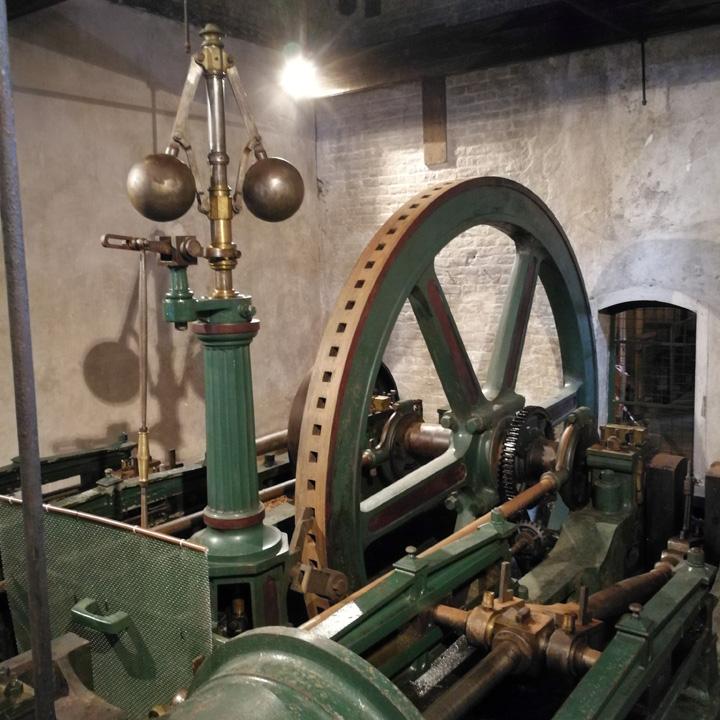 Kilbeggan Distillery (Irish Whisky Single Malt Tour Experience Guided BarleyMania)