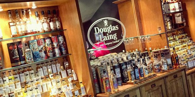 A visit in Douglas Laing's sample room (Remarkable Malts Old Particular XOP Single Malt Scotch Whisky Company Glasgow Sample Room BarleyMania)
