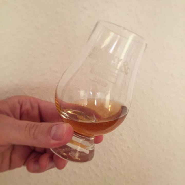 Sujet by Whic (Macduff Fettercairn Tobermory Single Cask Malt Scotch Whisky Series Sherry Tasting Notes)