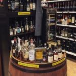Weinquelle Lühmann in Hamburg (Liquor Store Whisky Whiskey Bourbon Beverages Bottles Sale Mailorder Buy)