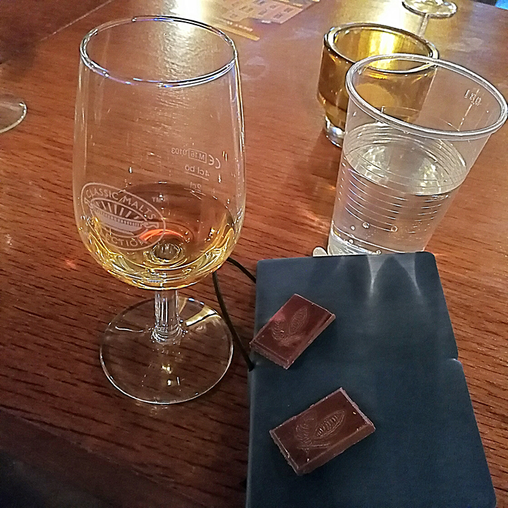Whisky and Chocolate Pairing with Villa Konthor at Köpenicker Whiskyfest (Single Malt Scotch Dram Food Deanston Bunnahabhain Tobermory Ledaig)