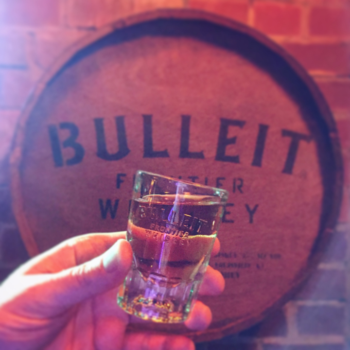 BBQ, Boilermaker & Bowery with ÜberQuell and Bulleit (Craft Beer American Frontier Whiskey Pairing Event Diageo Hamburg)