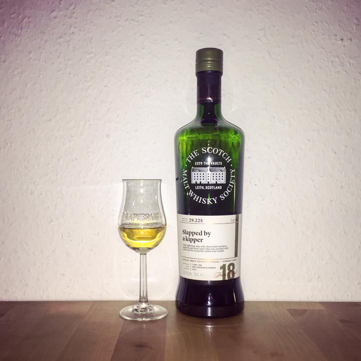 "Laphroaig 18yo ""Slapped by a kipper"" by SMWS 29.225 (Single Malt Scotch Whisky Islay Peat Bourbon Cask)"