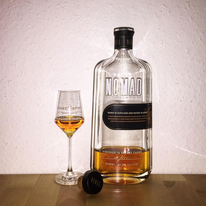 Nomad Outland Whisky by Gonzalez Byass (Scotland Jerez Sherry Blend Malt Grain BarleyMania)
