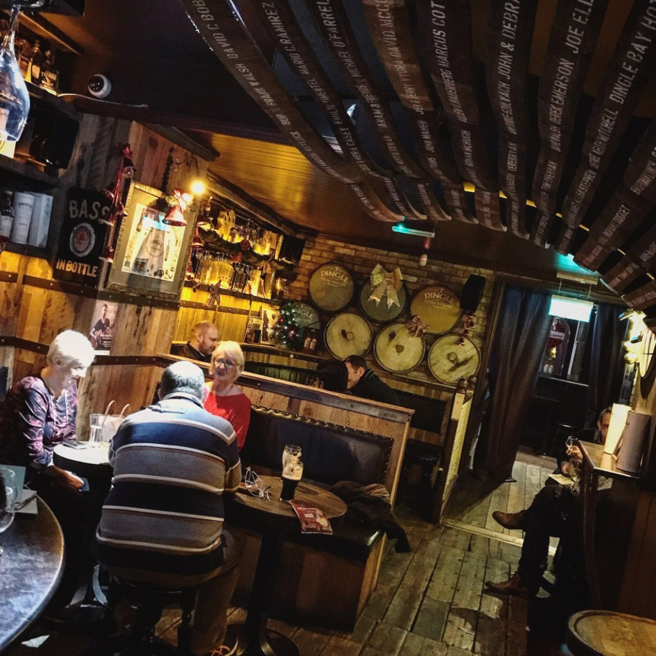 The Dingle Bar in Dublin (Irish Whiskey Pub Drink Afterwork Pot Still Malt Place Visit Travel)